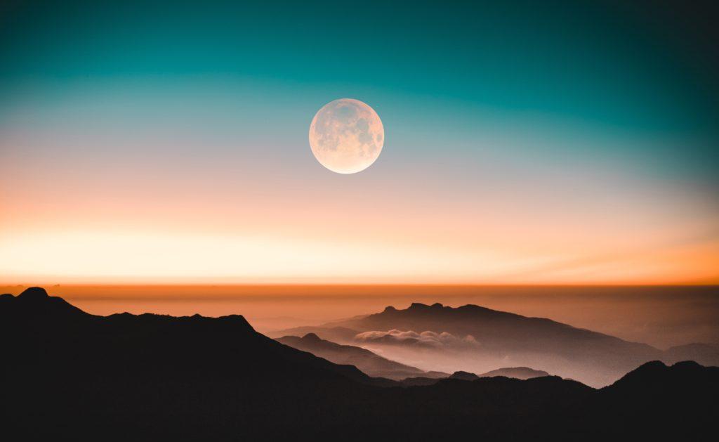 新月満月を活用すれば2倍以上の早さで発展する